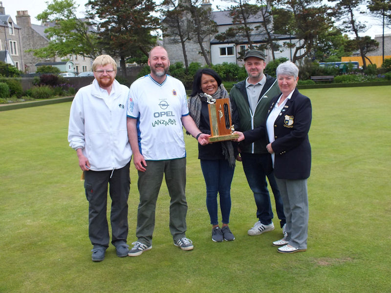 S.T.A.G.S winners Scott Hurst, Andy Walterson, Nuy and Willie Coutts with club President Elma Scott