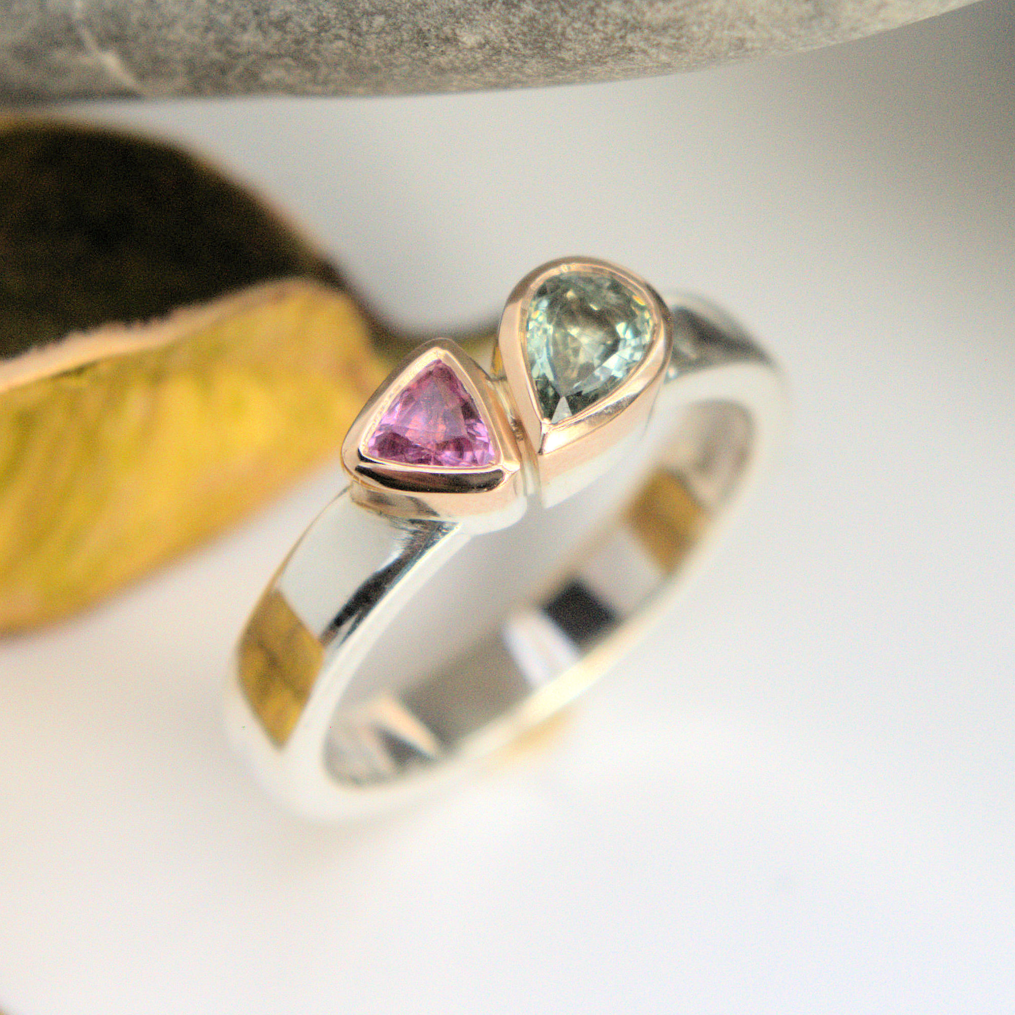 Green & Pink Sapphire ring