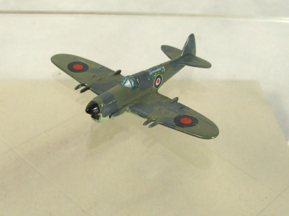1:200 scale models