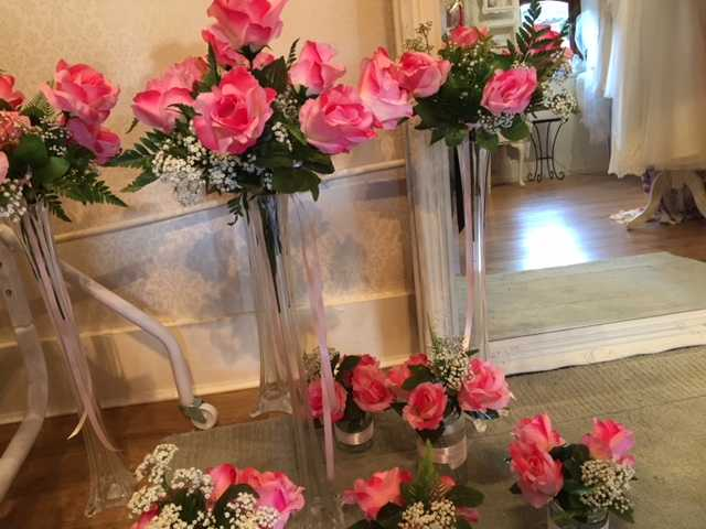 Hire Venue Flowers Lily Vase