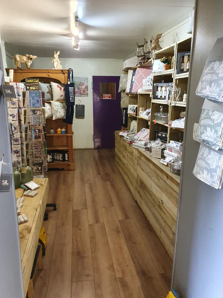 Gifts and Hampers at Spring House Farm Shop