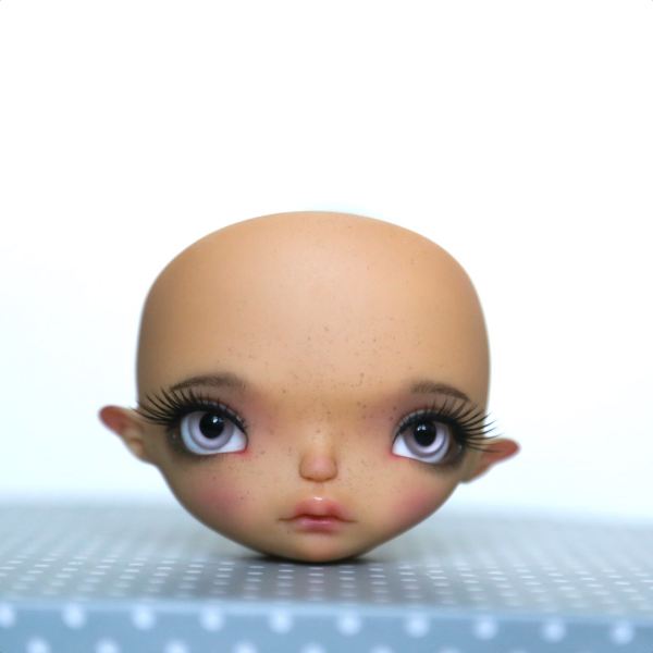 Face-up + Freckles