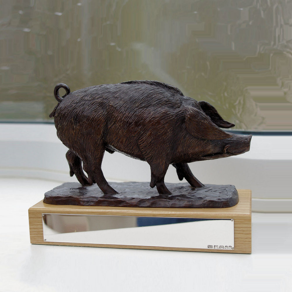 Bronze Hampshire hog