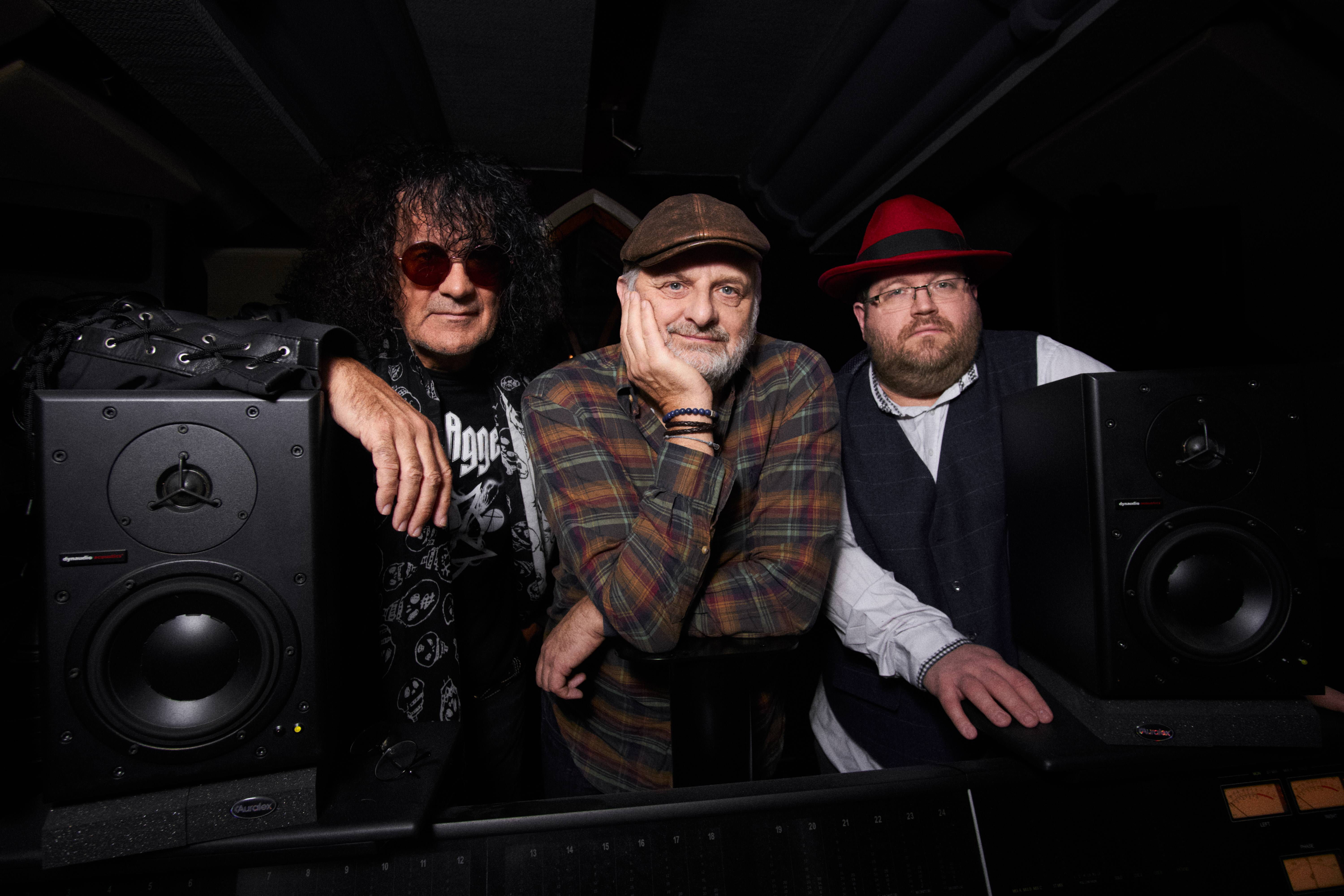 AMERICAN WILDERNESS ODYSSEY STEVE BONHAM AND THE LONG ROAD | PERFORMING AT SALFORD ARTS THEATRE