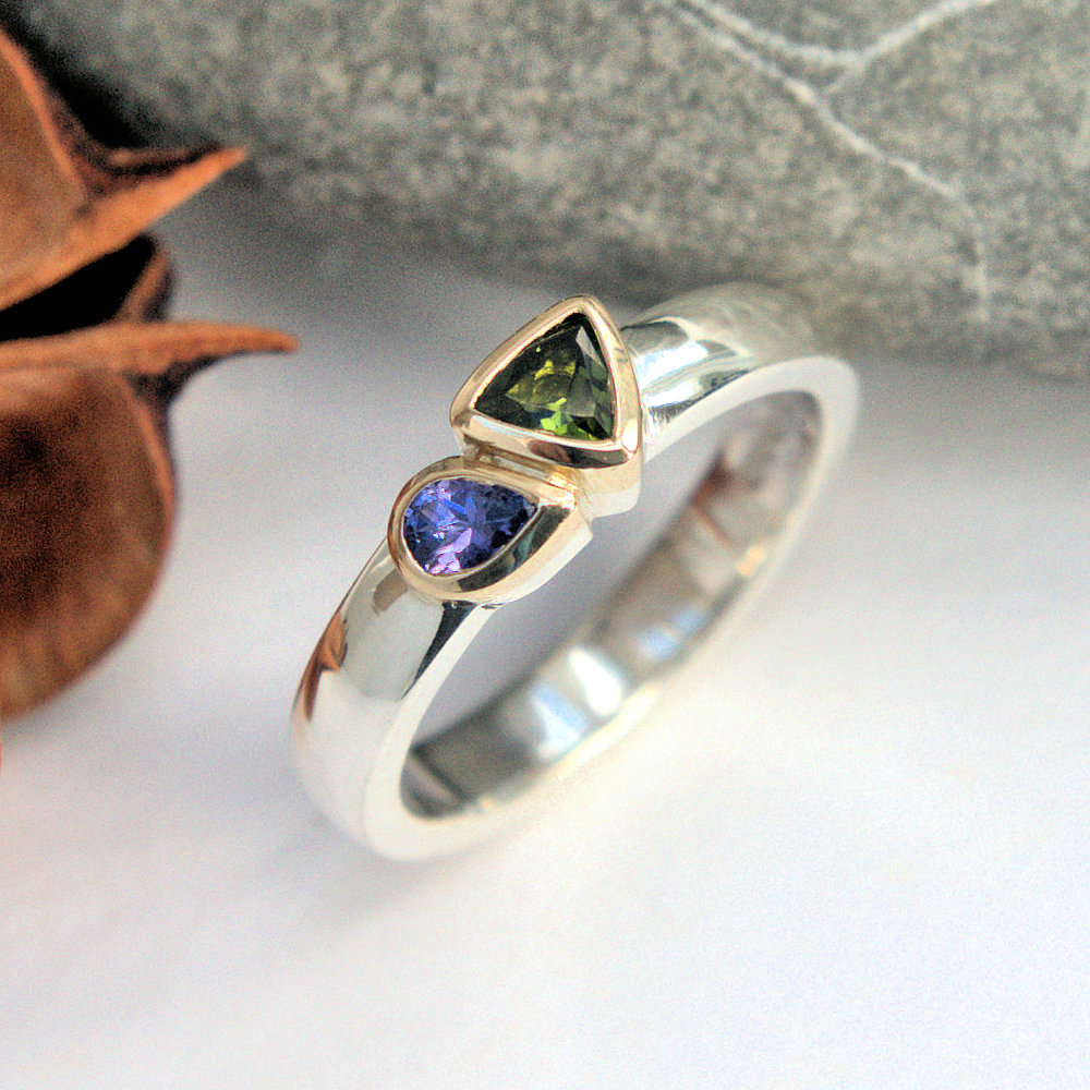 een tourmaline & Tanzanite ring
