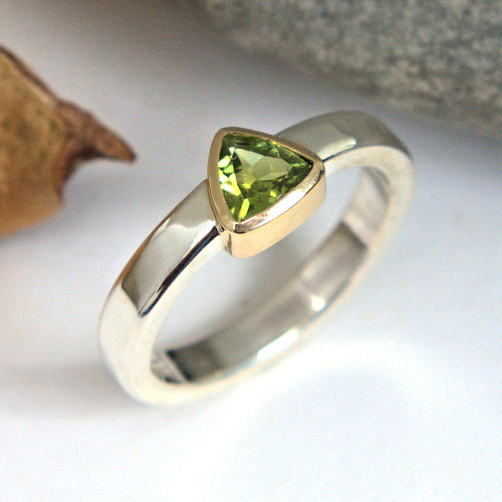 green tourmakine ring