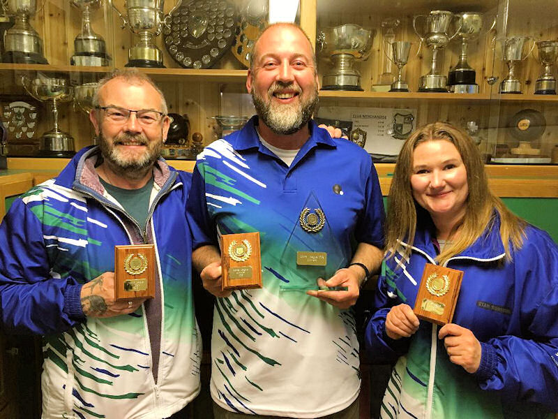 The winning team - The Hjaltland Hurlers, Stan Robertson, Andy Walterson and Rhona Goudie