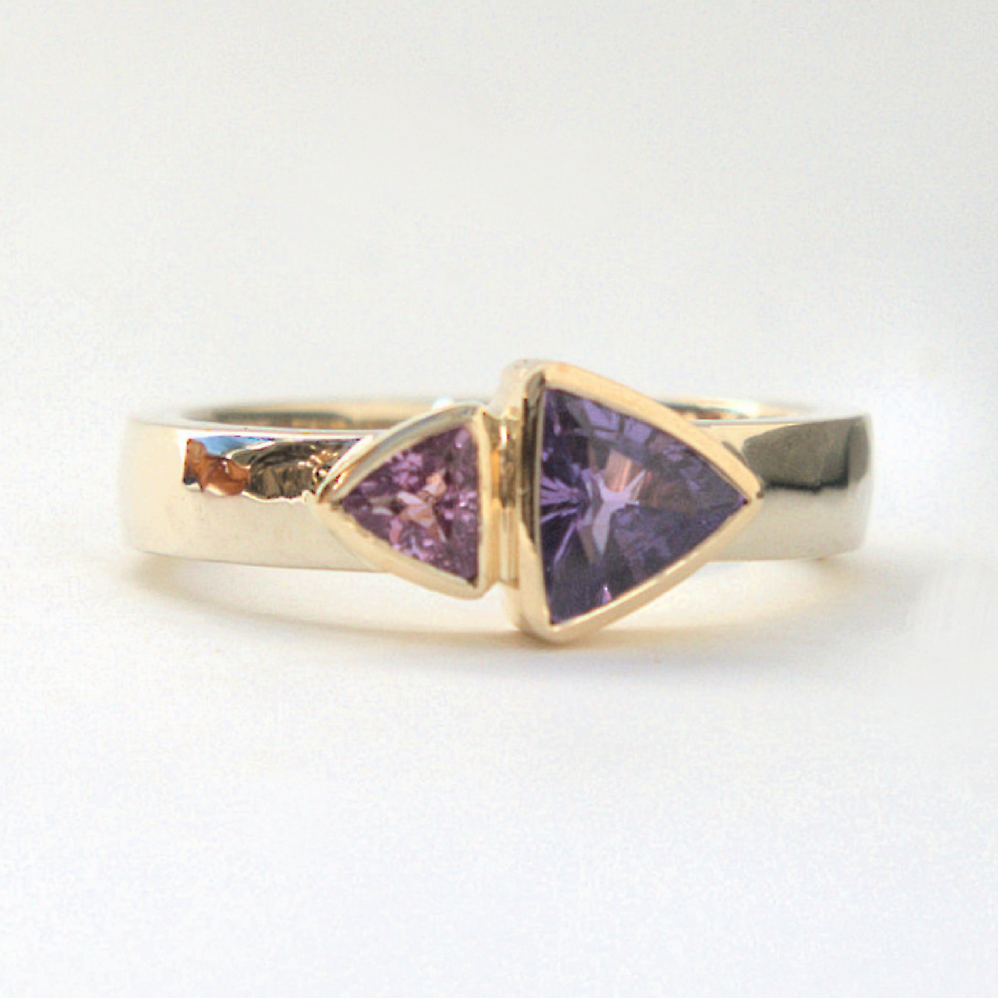 Sapphire yellow and white gold ring