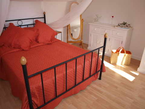 Logis double bedroom