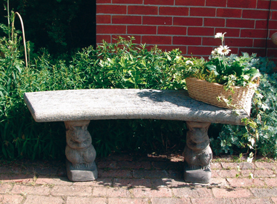 STONE GARDEN CURVED PLAIN BENCH TOP ON SQUIRREL BENCH BASES