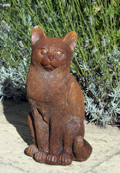 kitty cat stone garden statue
