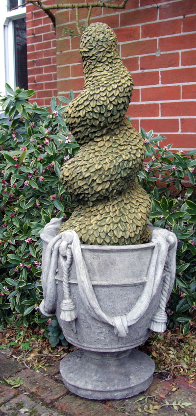 STONE GARDEN SPIRAL TOPIARY MOSS FINISH EXAMPLE