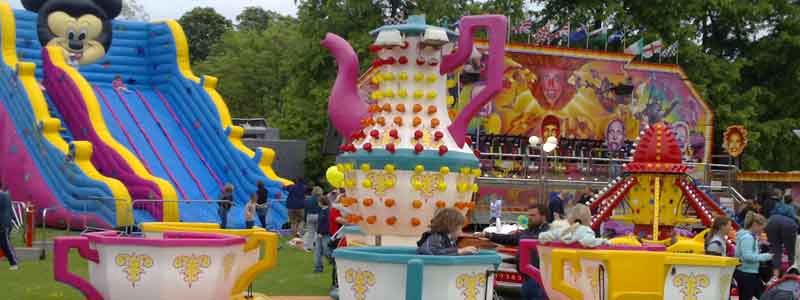 Teacups and xhildrens rides hire