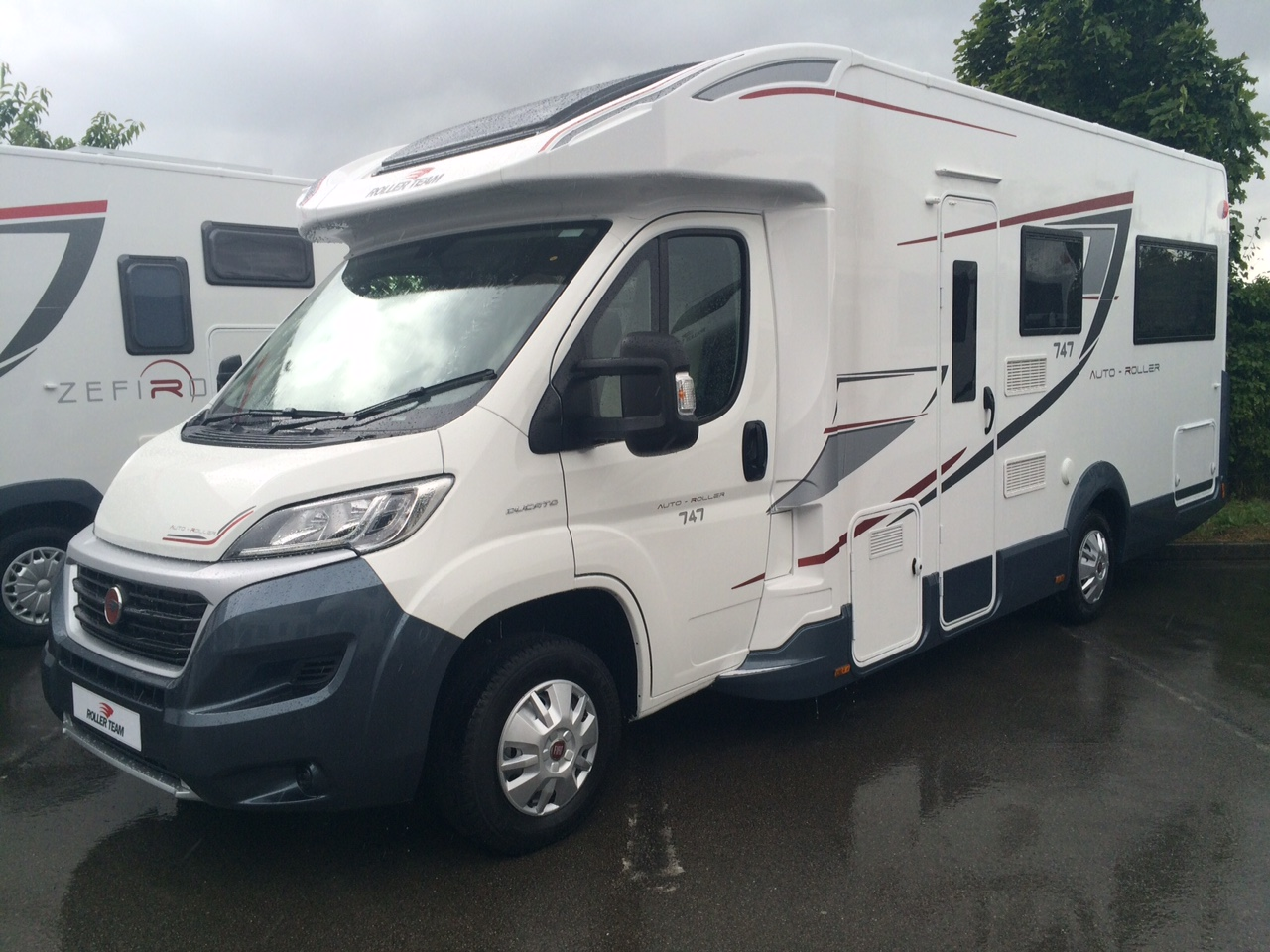 Perfect  Berth Motorhomes For Hire In The South East Of England