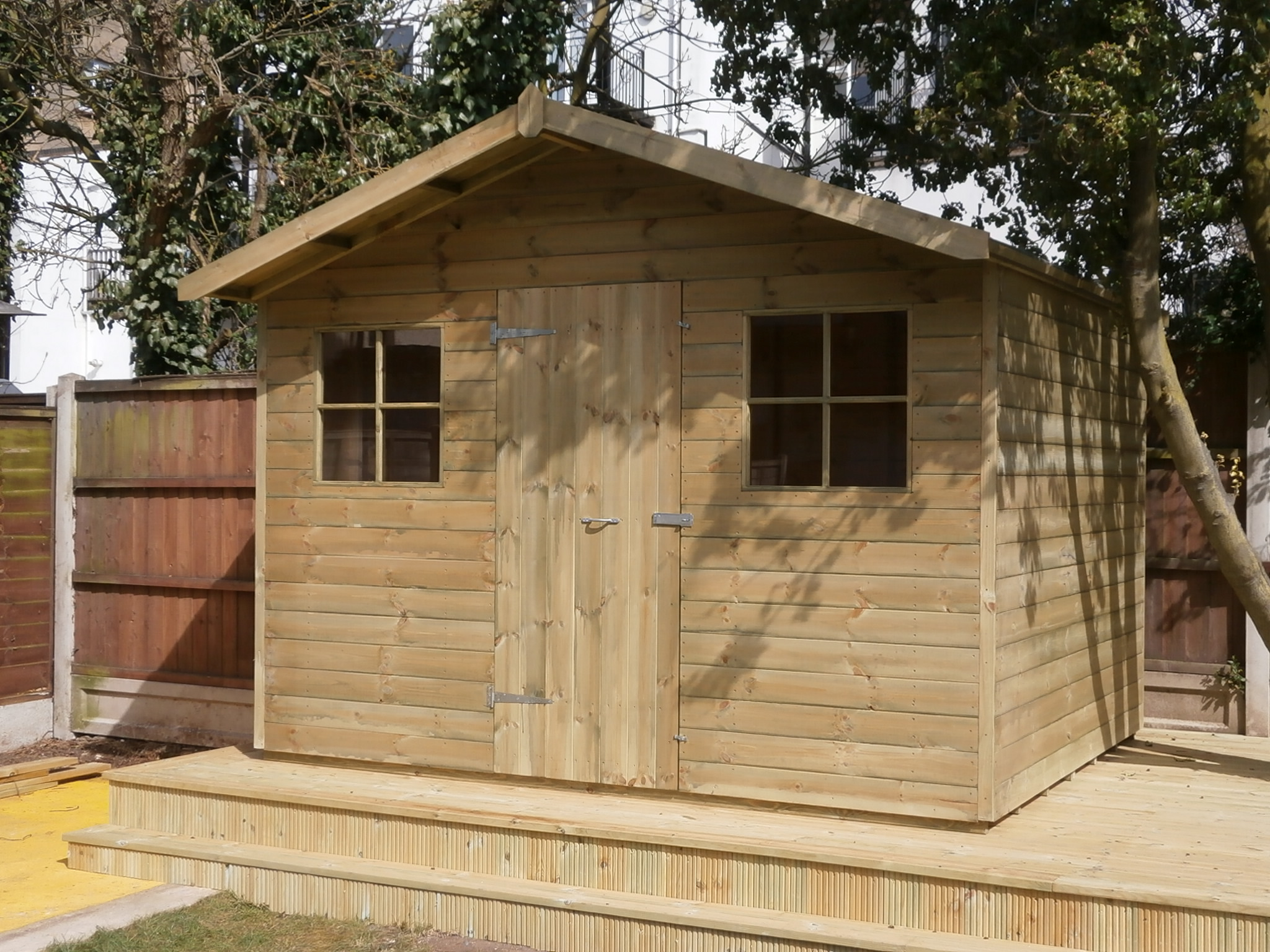 Garden sheds uk interior design for Garden sheds built on site