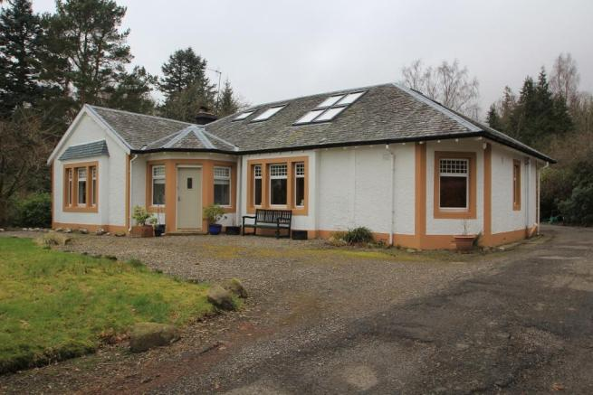 Arrochoile Bed and Breakfast, Balmaha, Near Drymen, G63 0JG           Tel:(+44) 01360 870231                              Email: bb.arrochoile@gmail.com
