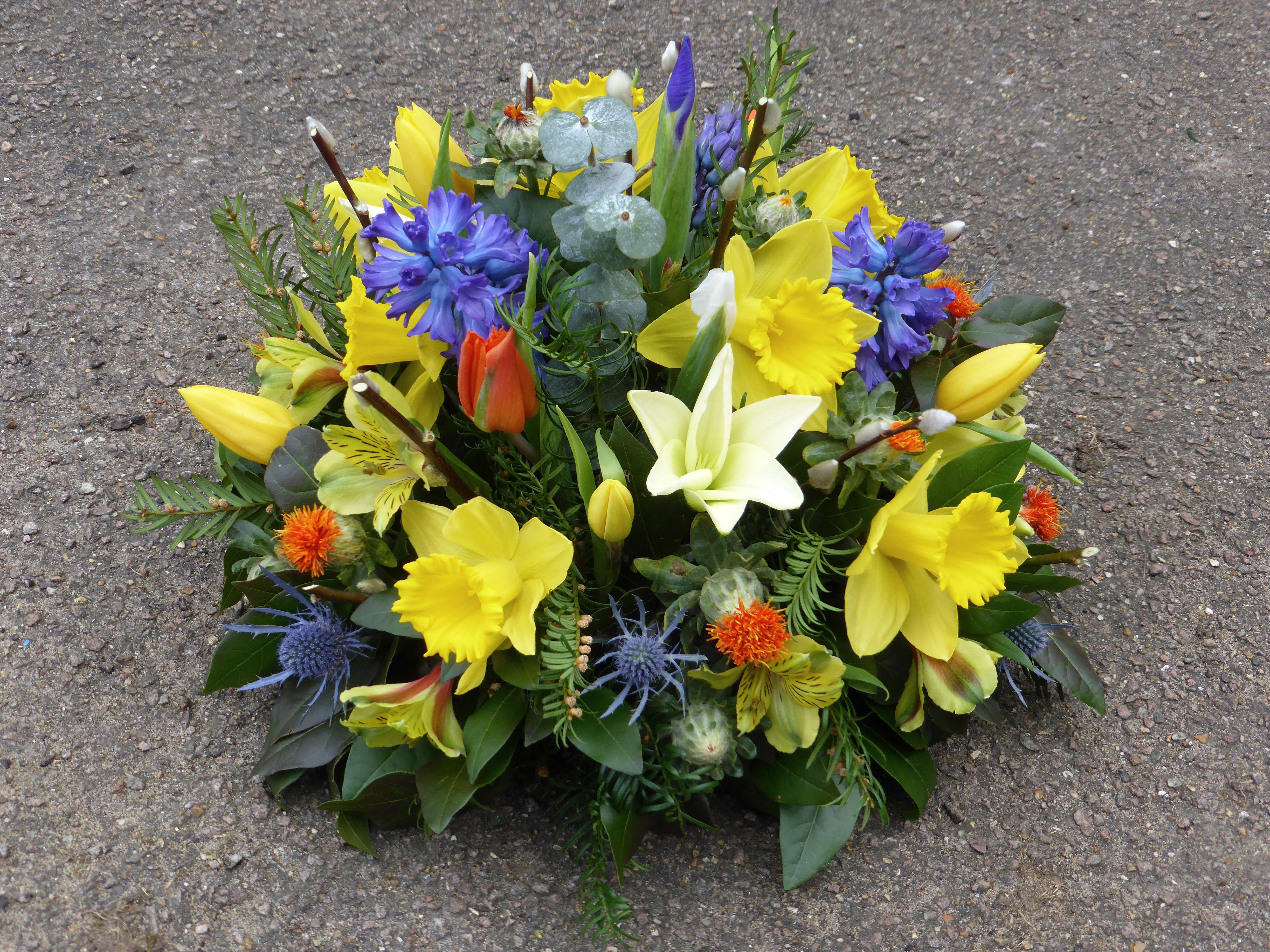 Funeral Wreaths Traditional Wreaths