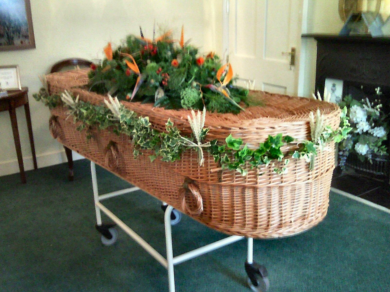 FUNERAL Coffin Garlands