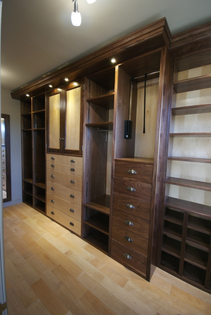 Walnut & maple dressing room