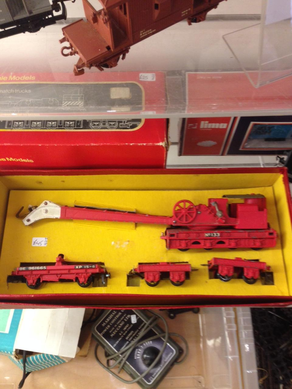 Hornby Dublo 4620 Breakdown Crane with trucks and screw jacks boxed