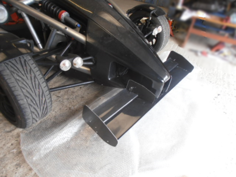 Atom front wing