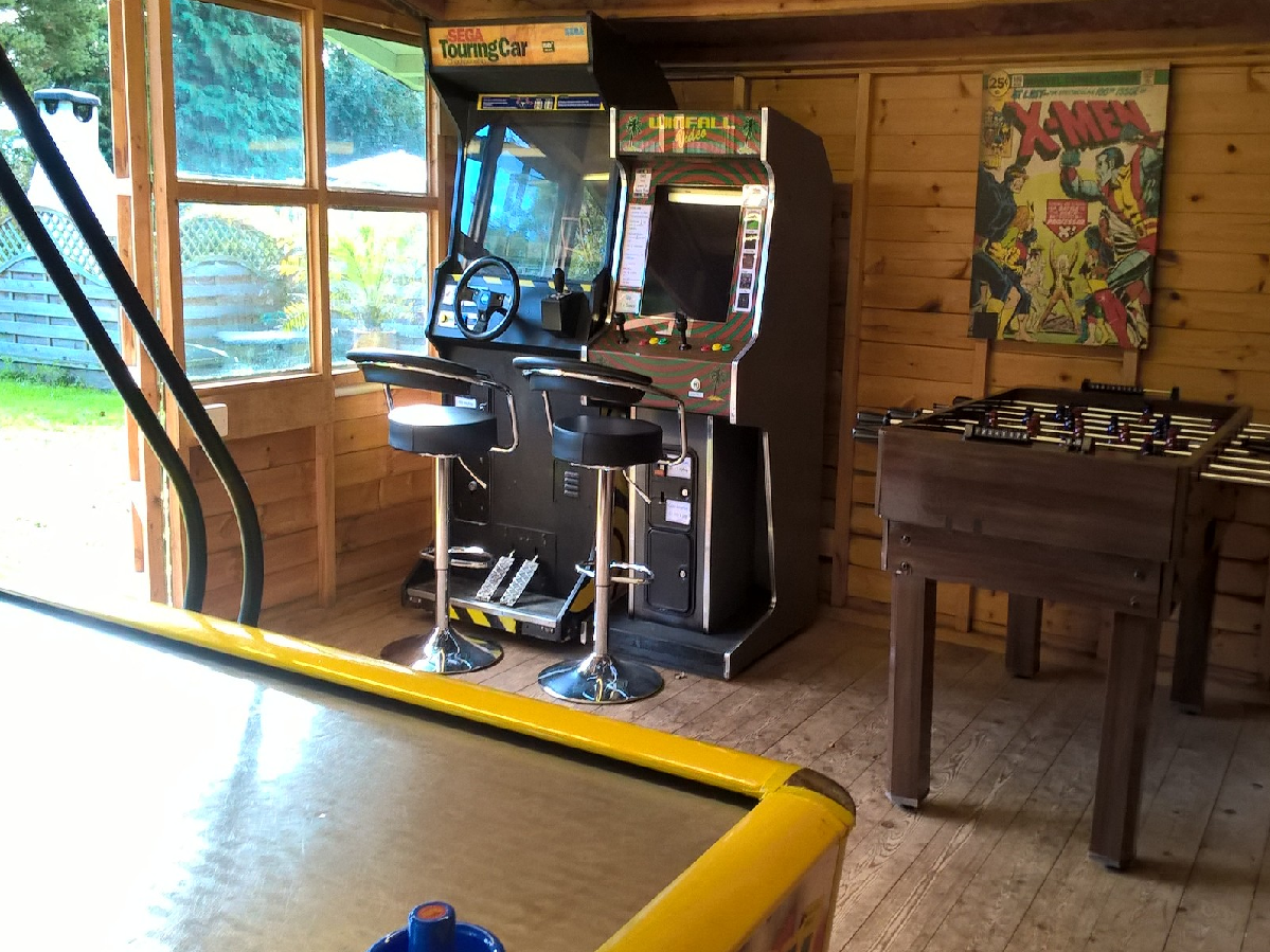 Games room at Poolside Lodges