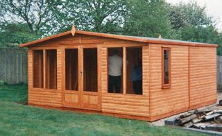 LARGE SUMMERHOUSE