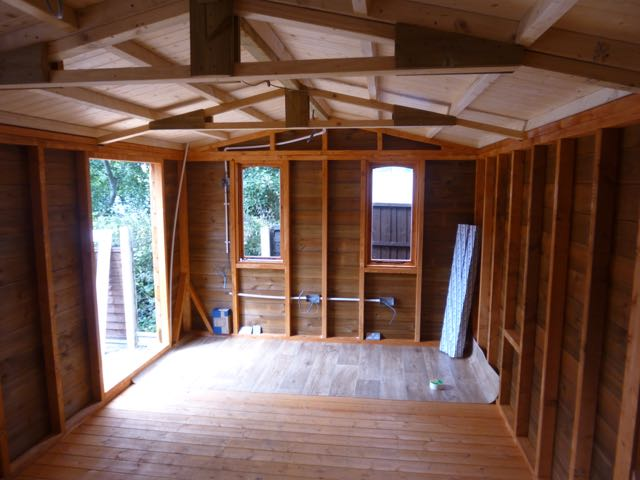 Heavy Duty Log Garage interior