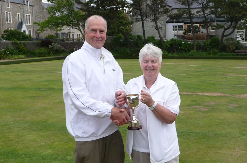 Babs Mundie presenting the Midsummer Cup to Mike Bailey