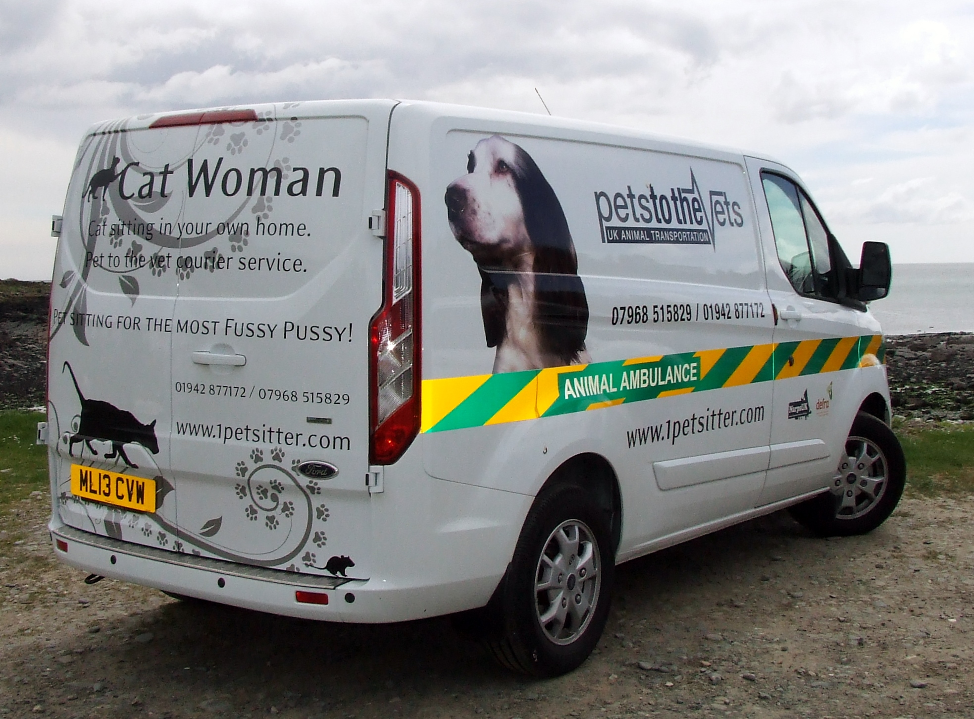 ANIMAL COURIER UK