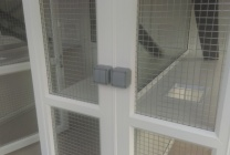 Peticular Pens - Hygienic Plastic Cattery - Katz Whiskerz Luxury Cattery - Safety Corridor