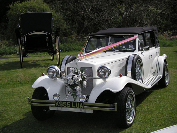 Vintage Wedding Car Tamworth