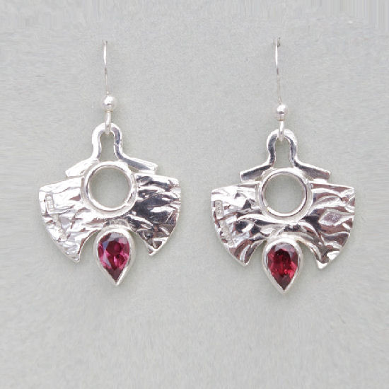 Flame textured garnet earrings