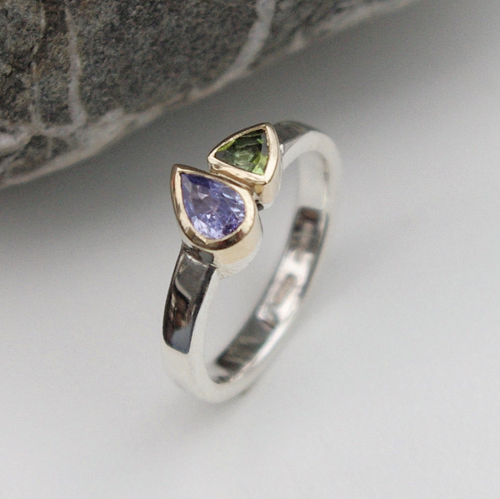Tourmaline and tanzanite ring