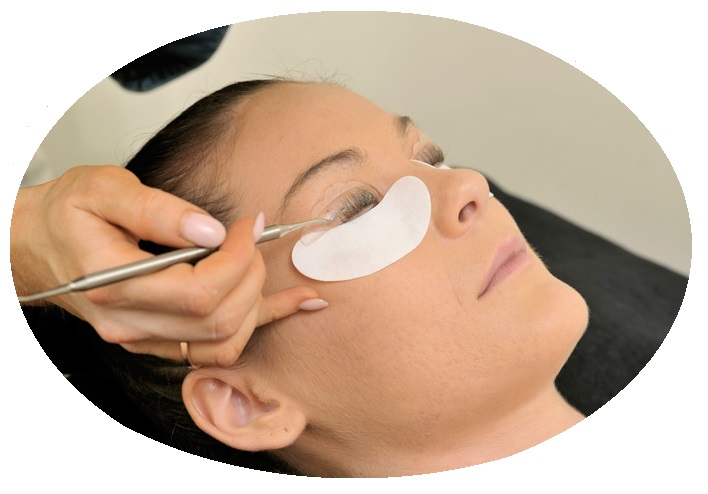 Lash Lift & Curl available at Pamper Room