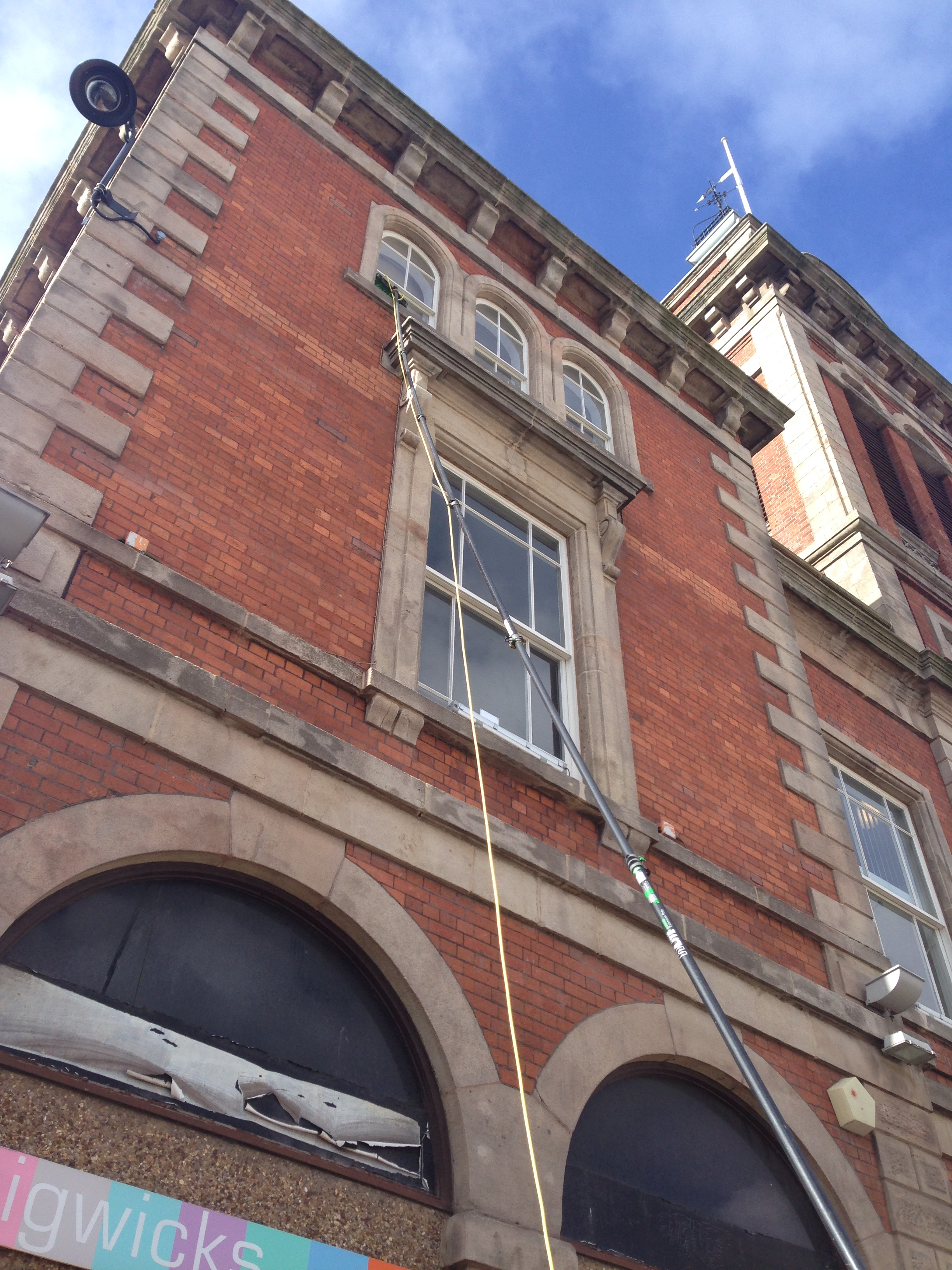 chesterfield market hall window cleaning