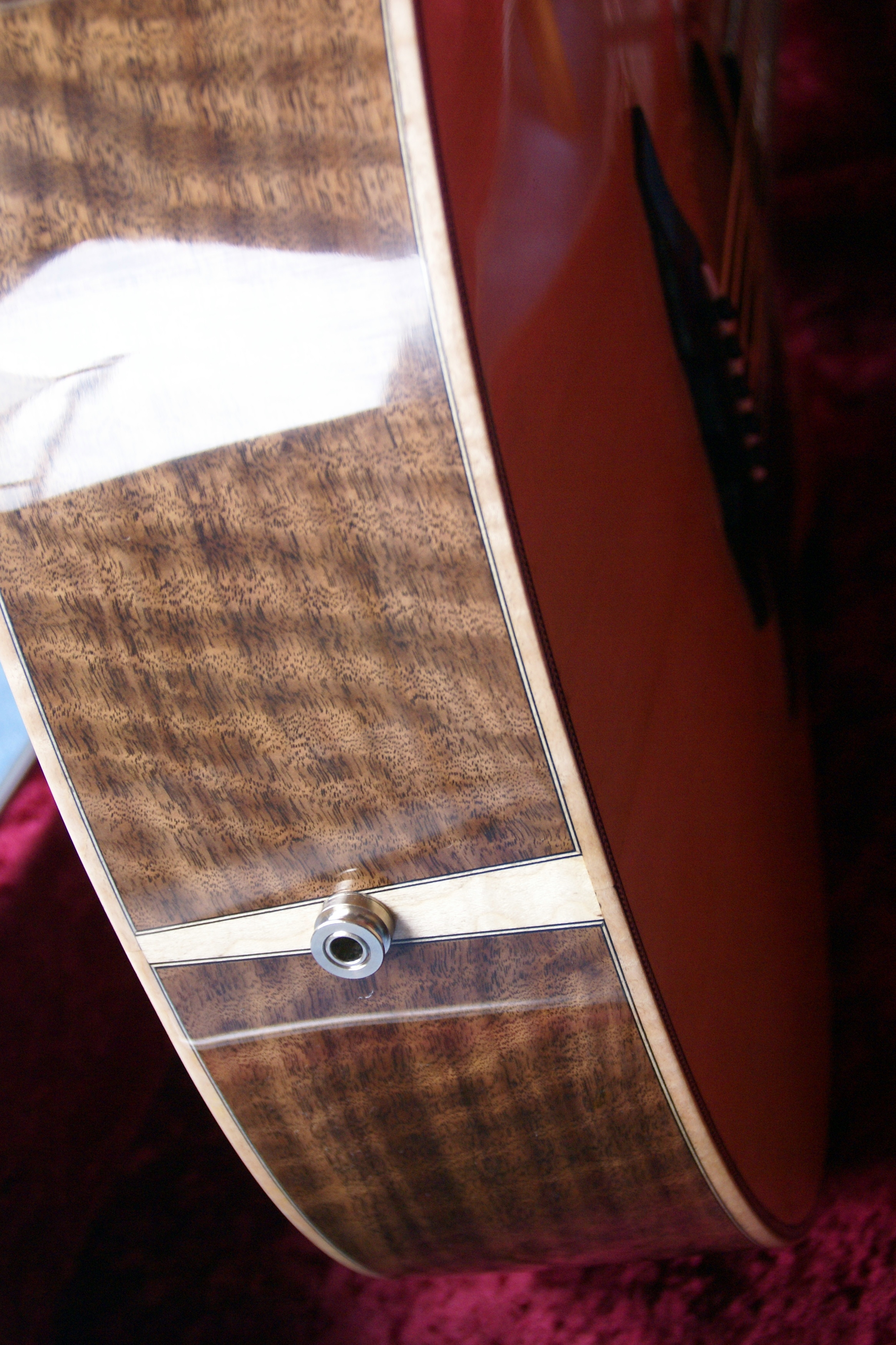 Flamed walnut & end detail