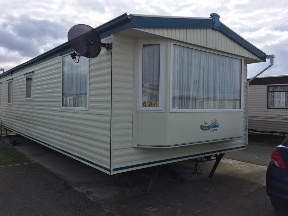 Unique Towyn Caravan Hire  Privately Owned Static Caravans For Hire In